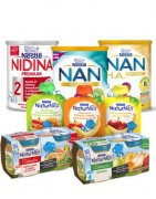 Alimentación infantil, leche y papilla de fruta, potitos para bebés